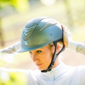 Defender Glamour Helmet